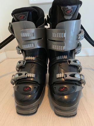 Botas NORDICA para esquiar
