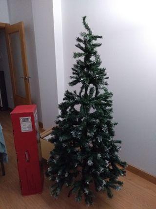 Árbol de Navidad completo