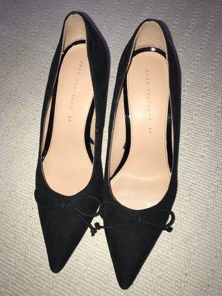 Zapatos de antelina zara tacón bajo t37