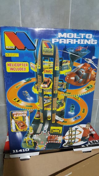 Molto Parking