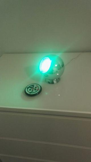 lámpara bola multicolor con mando a distancia
