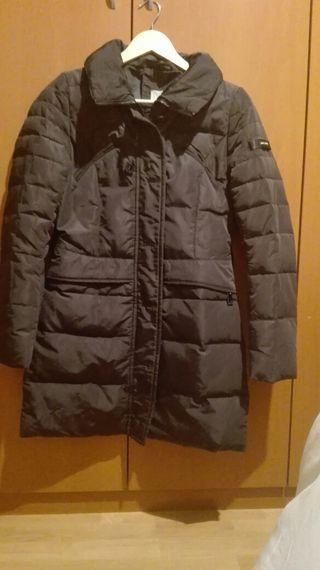 Abrigo anorak negro