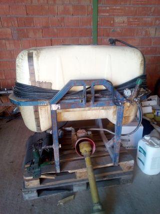 máquina de herbicidas