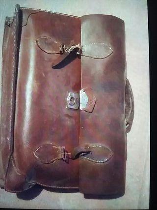 maletin piel vintage
