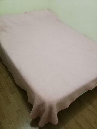 Cama completa con colchón viscoelástico
