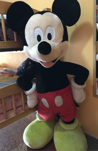 Mickey Mouse gigante
