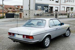 Mercedes-Benz 280 CE w123 1979
