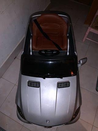 Coche de niño Mercedes Benz