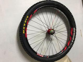 Juego ruedas DT SWISS FLOW MK3