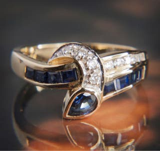 18kt BiColour Sapphire Diamond Gold Ring