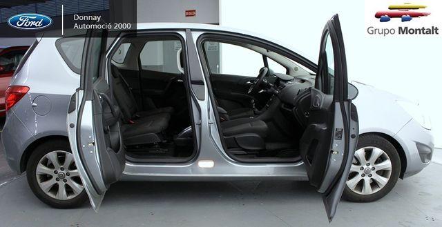 Opel Meriva 06/2012 impecable