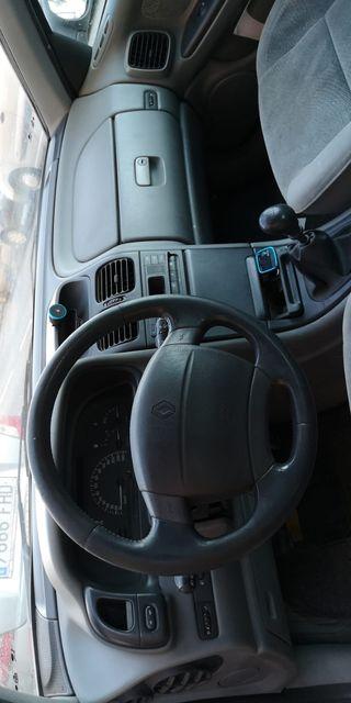 Renault Laguna 2005
