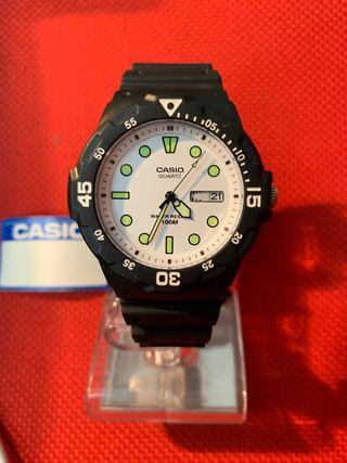 Reloj Casio analógico modelo MRW-200H-7BVDF
