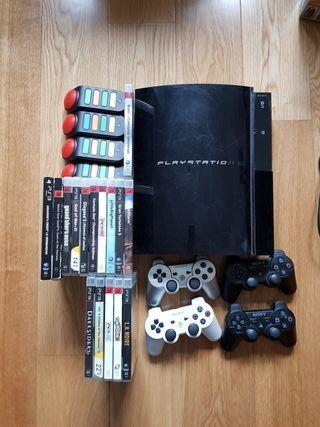 Consola Playstation 3 con 16 juegos y 4 mandos