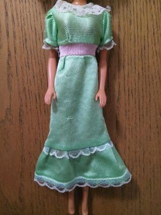 Vestido sin marcar para muñeca Barbie o similar