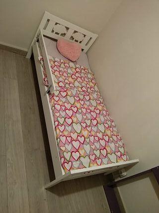 cama infantil ikea+somier+colchón+ barandilla