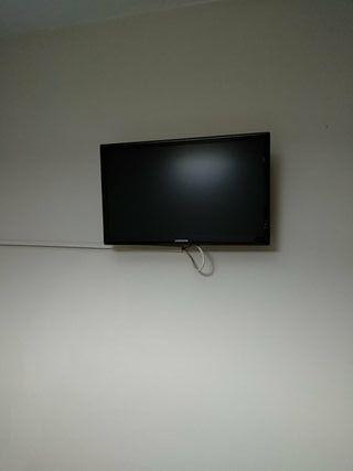 """TV samsung 22"""" incluye soporte a pared"""