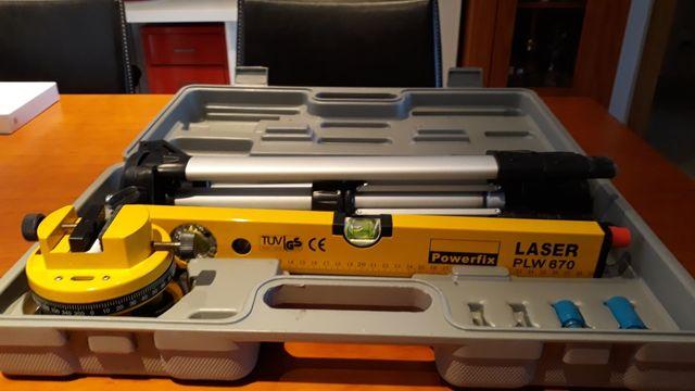 Nivel Laser Powerfix PWL 670