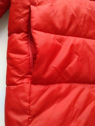 Plumas / Anorak rojo