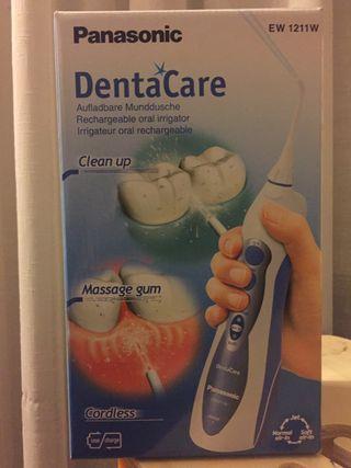 Irrigador bucal DentaCare Panasonic nuevo