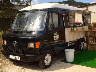 Food truck Mercedes Benz 207D