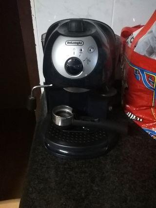 Cafetera expres delonghi