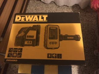 Láser Dewalt DW088KD