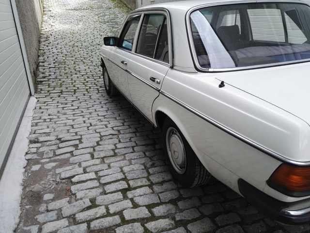 Mercedes-Benz W123 1982