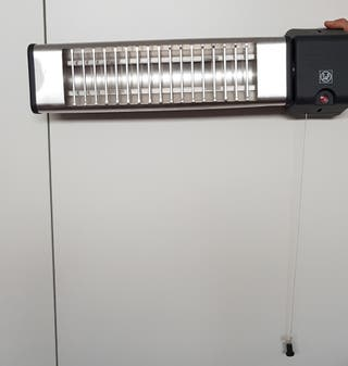 Calefactor eléctrico de pared para baño o similar