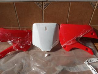 Plásticos KLX (ROJOS)