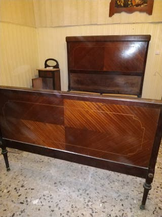 cama antigua vintage