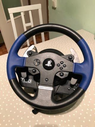 Volante Thrustmaster 150 + Pedales PS4/PS3