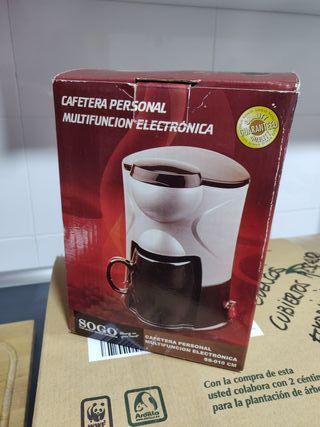 Cafetera electrica compacta