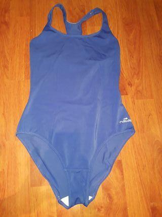 6f454c6016ec Bañador mujer natación de segunda mano en la provincia de Barcelona ...