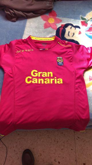Se vende blusa de UD Las Palmas