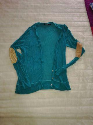 chaqueta turquesa