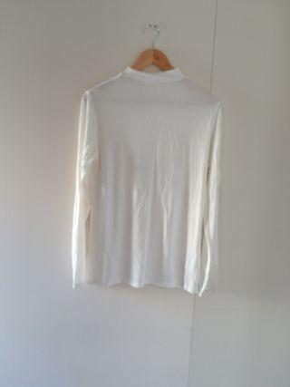 Camiseta blanca manga larga nueva