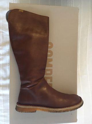 Botas de cuero/ piel marron Camper 38