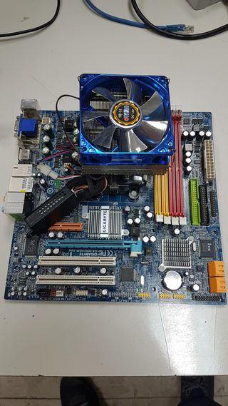 Placa base y procesador AMD