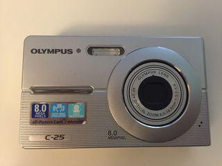 Càmara digital Olympus C-25
