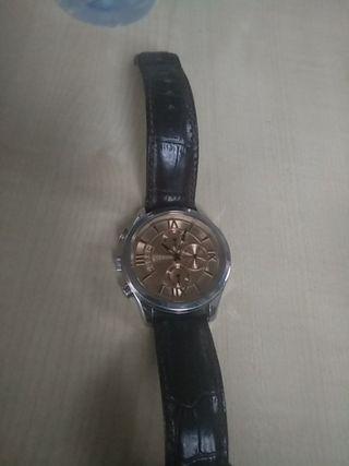 reloj GUESS steel