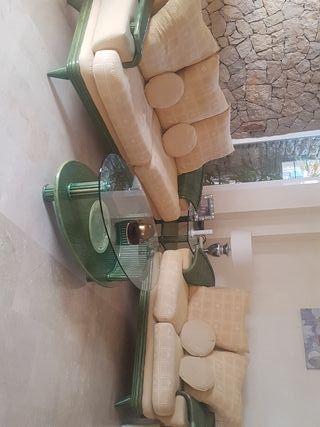 conjunto de dos sofás y dos mesitas