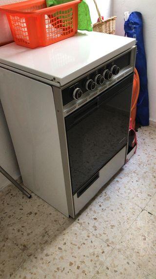 Cocina con horno butano de segunda mano en wallapop for Cocina de butano sin horno