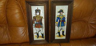 Dos cuadros de azulejos