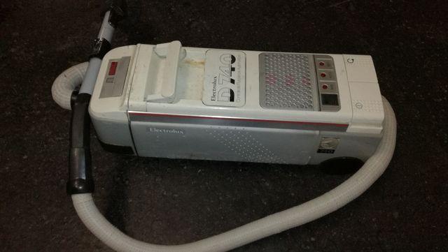 Aspirador D740 Para pieza No funciona Electrolux