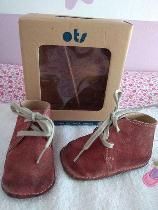 3c405b6bc Zapatos bebé de segunda mano en Utebo en WALLAPOP