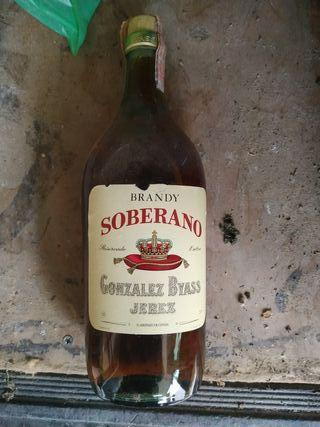 botella antigua sin abrir de los años 70