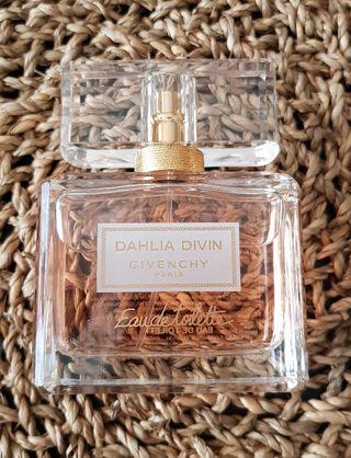 Viladecans De En Segunda Wallapop Perfume Mano If76mYyvbg