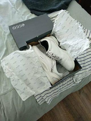 Zapatos Golf ECCO