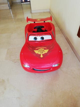 VENDO coche infantil a bateria.